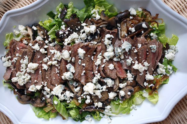 Pepper Crusted Steak Salad